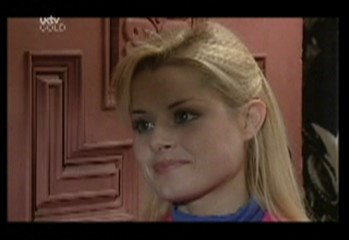 Dee Bliss in Neighbours Episode 3857