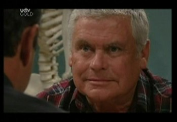 Lou Carpenter, Karl Kennedy in Neighbours Episode 3857