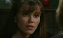 Libby Kennedy in Neighbours Episode 3860