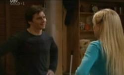 Darcy Tyler, Dee Bliss in Neighbours Episode 3863