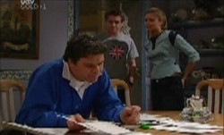 Joe Scully, Tad Reeves, Felicity Scully in Neighbours Episode 3871