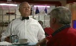 Harold Bishop, Lou Carpenter in Neighbours Episode 3872