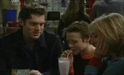 Evan Hancock, Leo Hancock, Maggie Hancock in Neighbours Episode 3873