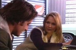 Drew Kirk, Steph Scully in Neighbours Episode 3874