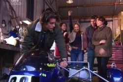 Drew Kirk, Libby Kennedy, Steph Scully, Joe Scully, Lyn Scully in Neighbours Episode 3874