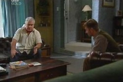Lou Carpenter, John Allen in Neighbours Episode 3877