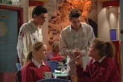 Paul McClain, Michelle Scully, Tad Reeves, Felicity Scully in Neighbours Episode 3877