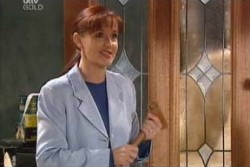 Susan Kennedy in Neighbours Episode 3881