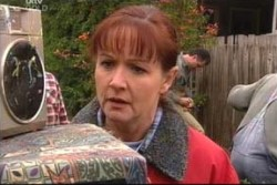 Susan Kennedy in Neighbours Episode 3884