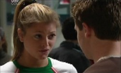 Felicity Scully in Neighbours Episode 3888