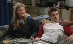 Tad Reeves, Felicity Scully in Neighbours Episode 3891