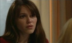 Libby Kennedy in Neighbours Episode 3893