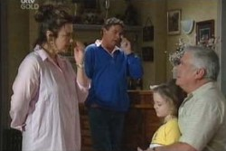 Lyn Scully, Joe Scully, Louise Carpenter (Lolly), Lou Carpenter in Neighbours Episode 3894