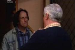 Ricky Jones, Lou Carpenter in Neighbours Episode 3895