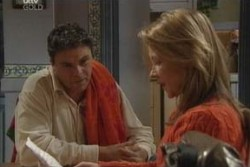 Steph Scully, Joe Scully in Neighbours Episode 3895