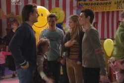 Drew Kirk, Louise Carpenter (Lolly), Tad Reeves, Felicity Scully, Paul McClain in Neighbours Episode 3896