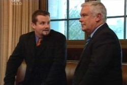 Lou Carpenter, Toadie Rebecchi in Neighbours Episode 3896