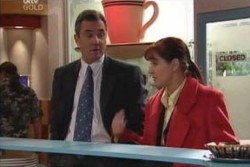 Karl Kennedy, Susan Kennedy in Neighbours Episode 3896