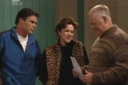 Joe Scully, Lyn Scully, Harold Bishop in Neighbours Episode 3897