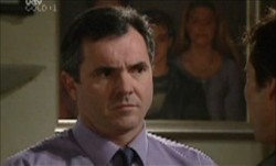 Karl Kennedy, Darcy Tyler in Neighbours Episode 3899