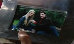 Dee Bliss, Darcy Tyler in Neighbours Episode 3900