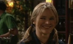 Steph Scully in Neighbours Episode 3901