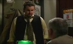 Toadie Rebecchi, Lou Carpenter in Neighbours Episode 3903