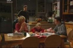 Evan Hancock, Maggie Hancock, Emily Hancock, Leo Hancock in Neighbours Episode 3904