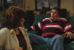Lyn Scully, Joe Scully in Neighbours Episode 3905