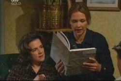 Lyn Scully, Steph Scully in Neighbours Episode 3906