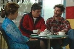 Lyn Scully, Joe Scully, Mitch Foster in Neighbours Episode 3906