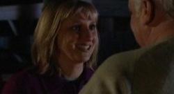 Maggie Hancock, Lou Carpenter in Neighbours Episode 3909