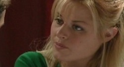 Dee Bliss in Neighbours Episode 3910
