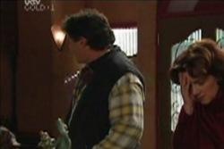 Joe Scully, Lyn Scully in Neighbours Episode 3911