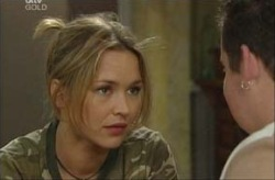 Steph Scully, Toadie Rebecchi in Neighbours Episode 3914
