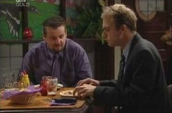 Toadie Rebecchi, Tim Collins in Neighbours Episode 3916