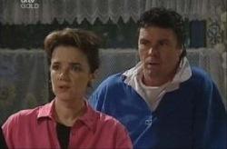 Lyn Scully, Joe Scully in Neighbours Episode 3917