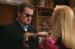 Toadie Rebecchi, Dee Bliss in Neighbours Episode 3925