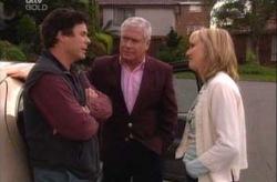 Joe Scully, Lou Carpenter, Maggie Hancock in Neighbours Episode 3925