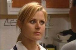 Dee Bliss in Neighbours Episode 3927