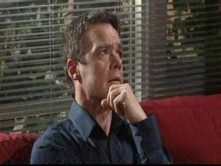 Paul Robinson in Neighbours Episode 4890