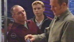 Kim Timmins, Boyd Hoyland, Max Hoyland in Neighbours Episode 4892