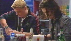 Boyd Hoyland, Dylan Timmins in Neighbours Episode 4892