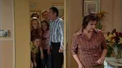 Janae Timmins, Bree Timmins, Boyd Hoyland, Summer Hoyland, Karl Kennedy, Lyn Scully in Neighbours Episode 4927
