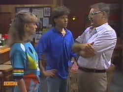 Jane Harris, Mike Young, Harold Bishop in Neighbours Episode 0646