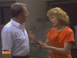 Harold Bishop, Madge Ramsay in Neighbours Episode 0646