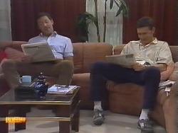 Malcolm Clarke, Des Clarke in Neighbours Episode 0647