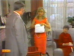 Harold Bishop, Jane Harris, Nell Mangel in Neighbours Episode 0651