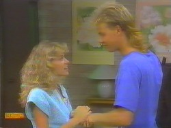 Charlene Mitchell, Scott Robinson in Neighbours Episode 0652