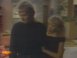 Scott Robinson, Charlene Robinson in Neighbours Episode 0653